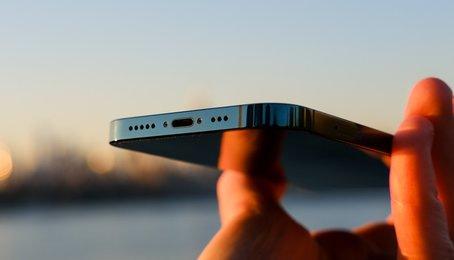iPhone 13 có thể không có cổng sạc hiện đại nhất